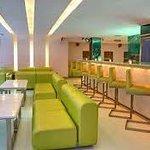 Lobby-Cafeteria
