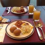 The breakfast buffet is filling!!!! Same menu as silka fareast( their sister hotel), yum yum yum