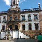 Eglise sur la place de Tiradentes