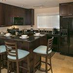 Club 1 Bedroom Kitchen