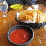 Salsa & Chips