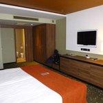 8th floor room (2)
