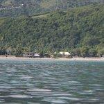 vue de la plage prise à partir du lagon sur un kayak