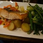 grilled salmon special €18