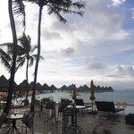 ホテルのビーチバー