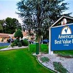 Welcome to Americas Best Value Inn Cheshire