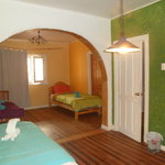 3 bed dormitory (97669154)