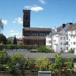 Ausblick auf Trinitatiskirche (war die 1. in Köln erbaute protestantische Kirche)