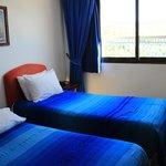 ベッドもやはり青