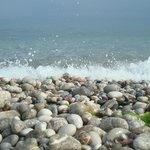 Пляж и море у отеля