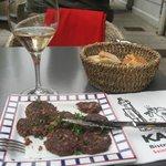 rosé de provence et ration de boudin grillé pour l'apéritif