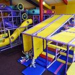 Parc d'amusement intérieur et garderie