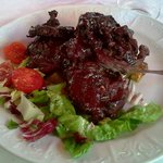 lamb chops in Barolo and thyme sauce