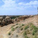 vue d' ensemble du haut de la colline de sable