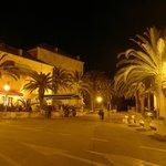 Fontana by night