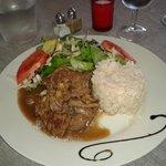 Fricassé de bœuf -Riz et salade au basalmique
