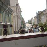 уютное кафе недалеко от отеля