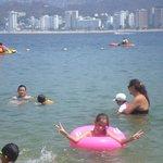 Los niños en el mar