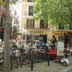 Restaurant facing this square