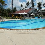 Une des 2 piscines