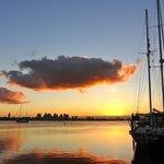 Sonnenuntergang vor dem Hausboot