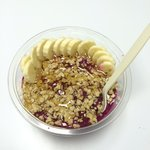 Green Room Pitaya bowl with lots of honey! Delicious!