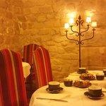 Café da manhã numa cave do século XVII
