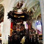 1713 oak Pulpit
