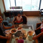 Grande Club Lounge - breakfast time