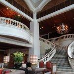 Grande hotel lobby