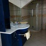 Bathroom 403