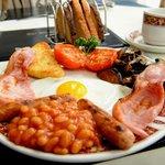 Breakfast Woodlands hotel