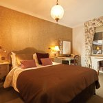 Redcoats Farmhouse Hotel & Restaurant