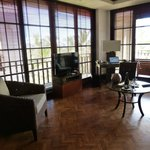 Lounge area in one bedroom deluxe suite