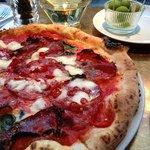 Обед в Princi. Spicy Salami Pizza