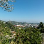Вид с балкона на Канди