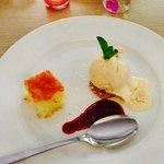 Der Gruß aus der Küche in Form eines Dessert