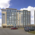 Photo de Homewood Suites by Hilton Calgary-Airport