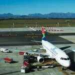 Watching the airplanes from the Soaring Hawk Spur - Cape Town Airport
