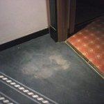 """Mancha """"de bienvenida"""" a la habitación"""