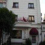 Front of Hotel Aslan