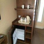 Tea/coffee facilities with mini fridge