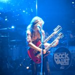 Doug Aldrich during Stairway to Heaven!