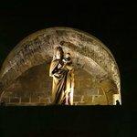 Мадонна на крепостной стене