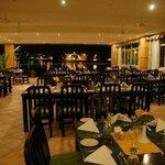 Lakeside Restaurant