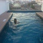 Pequeña piscina en el piso 7
