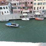 Blick aus dem Fenster zum Canal