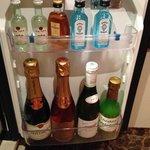 mini bar.....maxi price !!!