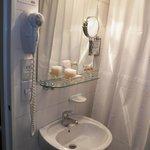 Baño de la habitación super cómodos  con detalles de categoría