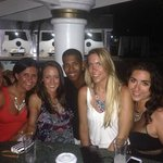 VIP Pool - Jarol & the girls!